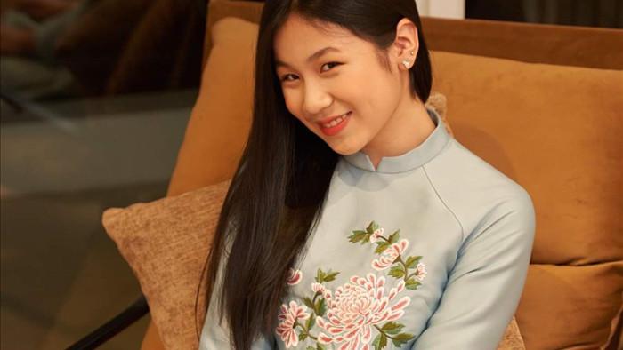 Con gái 16 tuổi, xinh như hoa hậu của Lưu Thiên Hương - Ảnh 5.