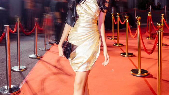 Con gái 16 tuổi, xinh như hoa hậu của Lưu Thiên Hương - Ảnh 2.