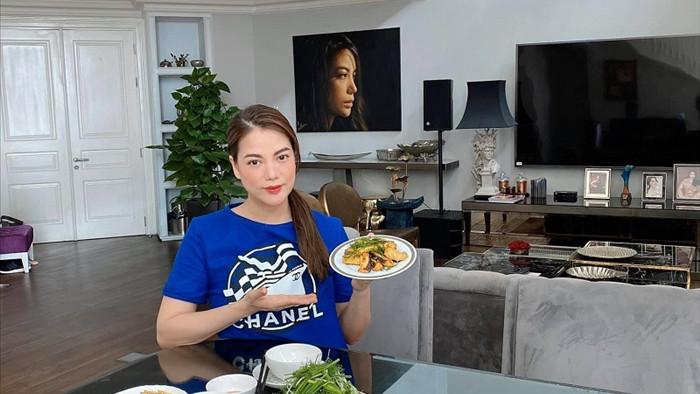 Thú vui tao nhã cuối tuần của mẹ con diễn viên Trương Ngọc Ánh