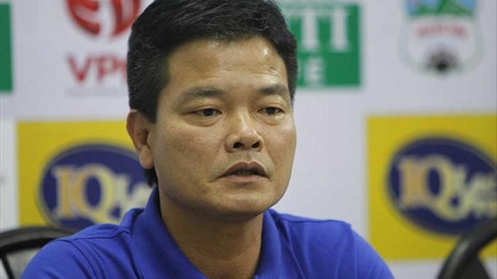 HLV Nguyễn Văn Sỹ: Mong đừng CLB nào lấy những cầu thủ như Gramoz - 2