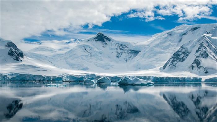 Khoáng chất trên Sao Hỏa được tìm thấy trong băng ở Nam Cực - 1