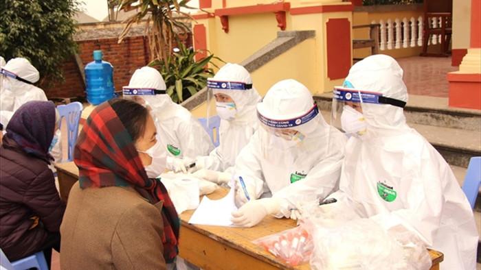 Thêm 2 ca COVID-19 lây nhiễm trong cộng đồng tại Hà Nội - 1