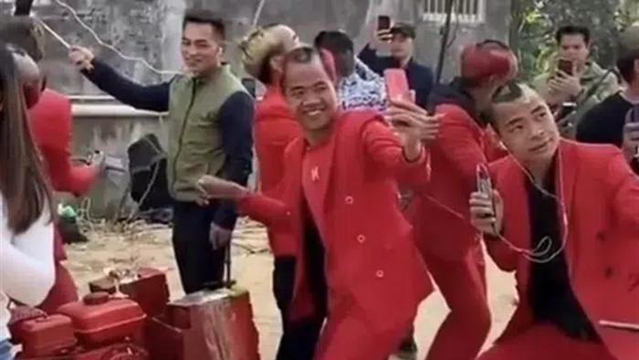 Chuyện về ngôi làng nổi nhất mạng xã hội Trung Quốc: Khi cả làng chung nghề streamer - Ảnh 5.
