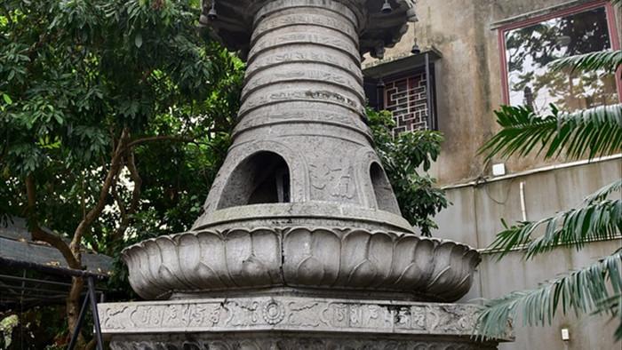 Tượng Phật từ đá quý nguyên khối trong ngôi chùa nghìn năm tuổi ở Hà Nội - 9