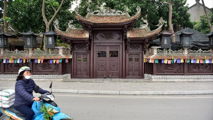 Tượng Phật từ đá quý nguyên khối trong ngôi chùa nghìn năm tuổi ở Hà Nội - 10