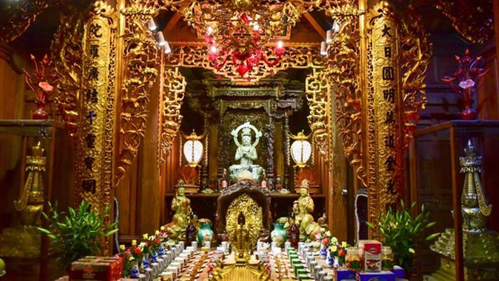 Tượng Phật từ đá quý nguyên khối trong ngôi chùa nghìn năm tuổi ở Hà Nội - 5