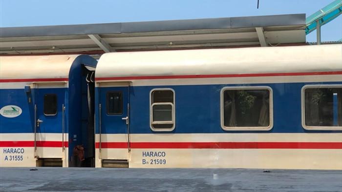 Đường sắt tiếp tục giảm 30% giá vé tàu Tết - 1