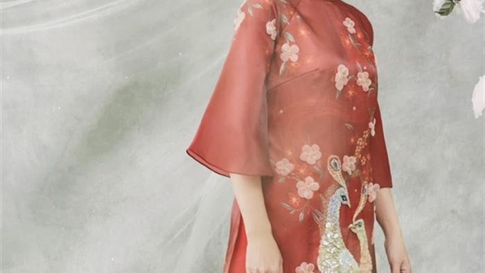 Ảnh: Mỹ nhân Việt dịu dàng, đầy quyến rũ trong tà áo dài Tết - 7