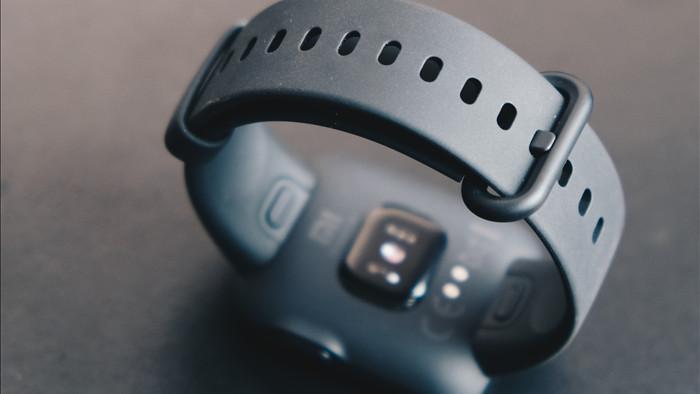 Trên tay Xiaomi Mi Watch Lite: Smartwatch hỗ trợ GPS giá rẻ, tiếng Việt hỗ trợ đầy đủ - Ảnh 8.