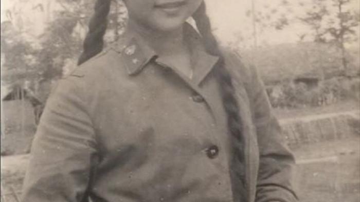 Những bức ảnh chưa từng công bố của 'ni cô Huyền Trang' - 5