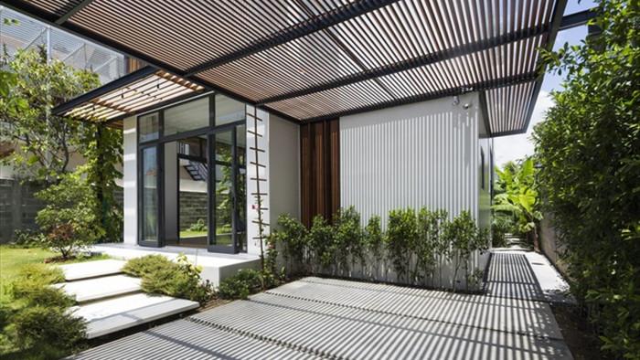 Cuộc sống vui thú điền viên trong căn nhà 3 tầng ngập cây xanh ở Nha Trang - 3