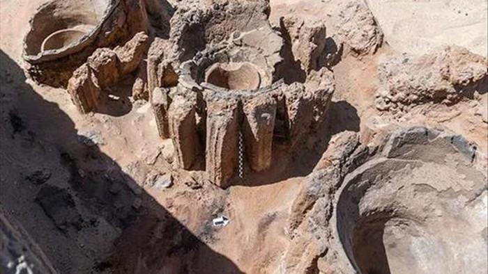 5.000 năm trước, người Ai Cập cổ đại đã có hẳn một nhà máy sản xuất bia - Ảnh 1.