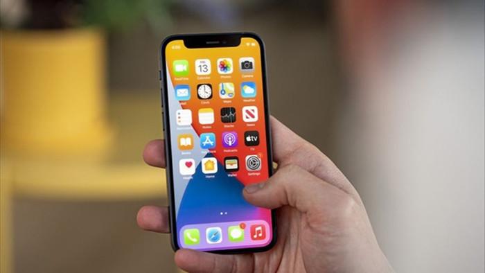 iPhone 12 mini là sai lầm của Apple - 2