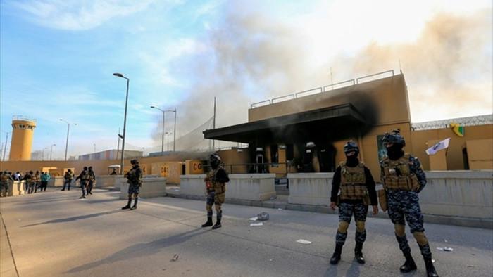 Loạt tên lửa nã vào Đại sứ quán Mỹ ở Iraq - 1