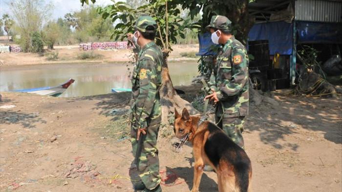 Dịch bùng phát ở Campuchia, lo ngại hàng nghìn người ồ ạt về nước - 1