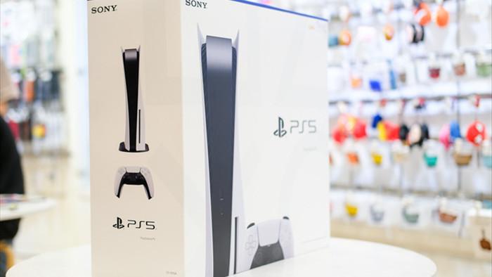 PS5 cháy hàng trong ngày đầu mở bán, game thủ Việt ngậm ngùi: Có tiền cũng không đến lượt mà mua - Ảnh 2.