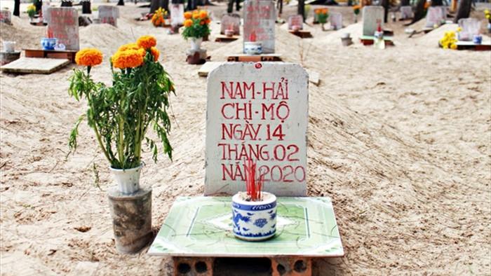 Ảnh: Nghĩa địa cá voi độc nhất Việt Nam - 7