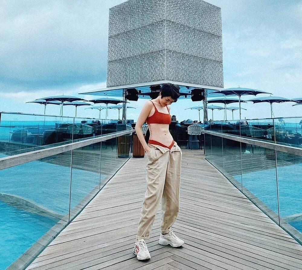 Sao Việt mặc quần tụt: Chi Pu, Minh Tú bốc lửa - Thiên Nga tra tấn thị giác-5