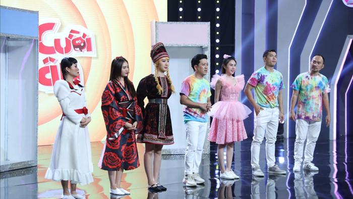 Ca sĩ Thủy Tiên tham gia chương trình