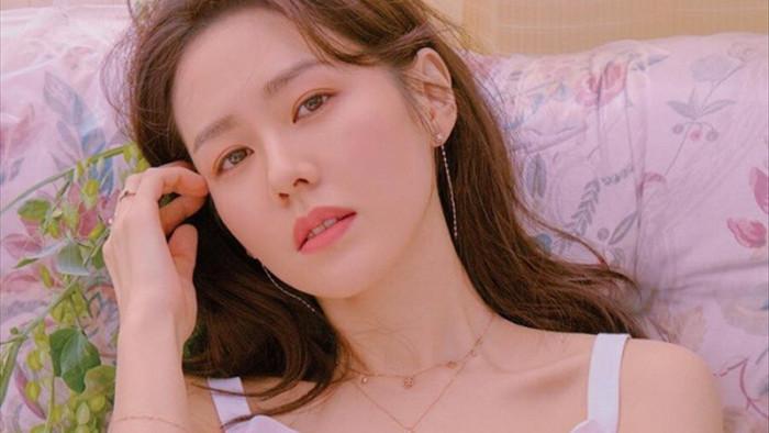 8 chị đẹp Kbiz cán mốc 40 tuổi vẫn đẹp nhức nách: Son Ye Jin chưa xuất sắc bằng bà mẹ hai con này! - Ảnh 3.