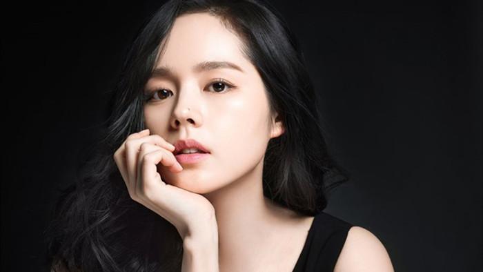8 chị đẹp Kbiz cán mốc 40 tuổi vẫn đẹp nhức nách: Son Ye Jin chưa xuất sắc bằng bà mẹ hai con này! - Ảnh 10.