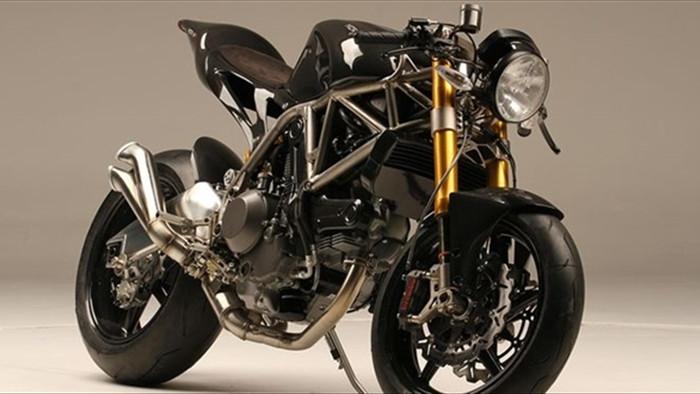 Top 5 mẫu mô tô đắt nhất năm 2021 - 2