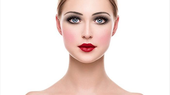 100 năm họa mặt của phụ nữ - 2