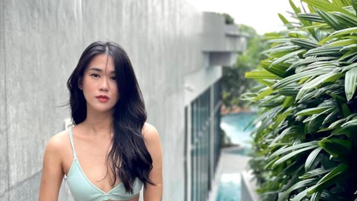 Hot girl số 1 Sài Thành diện bikini khoe thân hình nóng bỏng tuổi 31 - Ảnh 1.