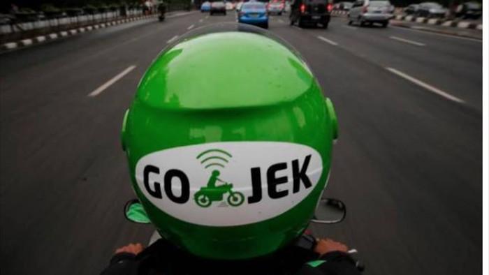 Gojek tăng giá cước dịch vụ chở khách