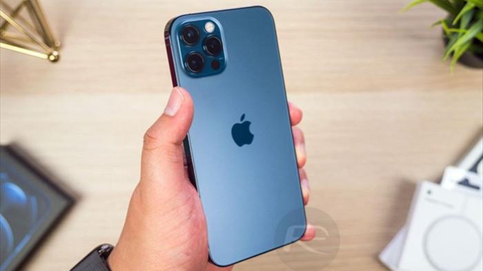 Giảm giá gần chục triệu đồng nhưng chiếc iPhone này vẫn bị thờ ơ - 1