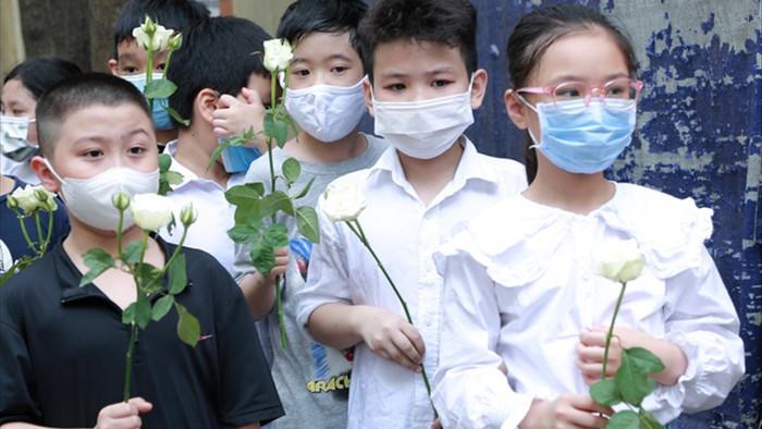 Hà Nội: Đau xót tiễn biệt cả gia đình 4 người tử vong trong vụ cháy - 4