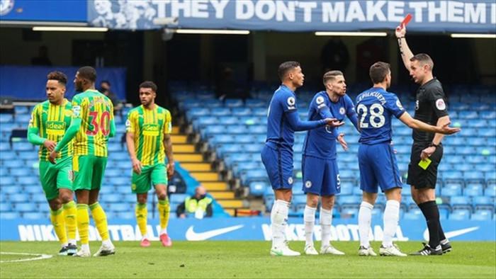 Kết quả Ngoại hạng Anh: Thiago Silva nhận thẻ đỏ, Chelsea thua thảm West Brom - 1
