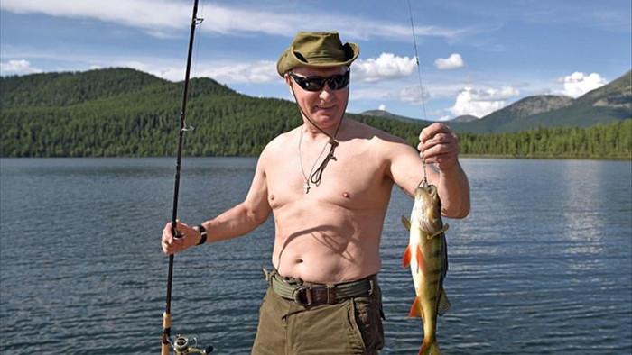 Tổng thống Putin được bình chọn đẹp trai nhất nước Nga - 1