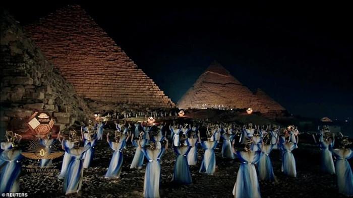 Choáng ngợp diễu hành xác ướp 3.000 tuổi của hoàng gia Ai Cập - 13