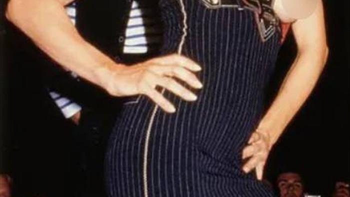 12 khoảnh khắc ngực trần gây chấn động sàn catwalk - 4