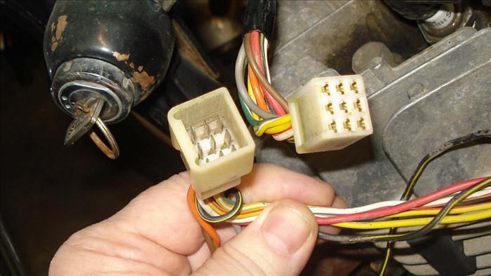 xe ô tô bị hao điện