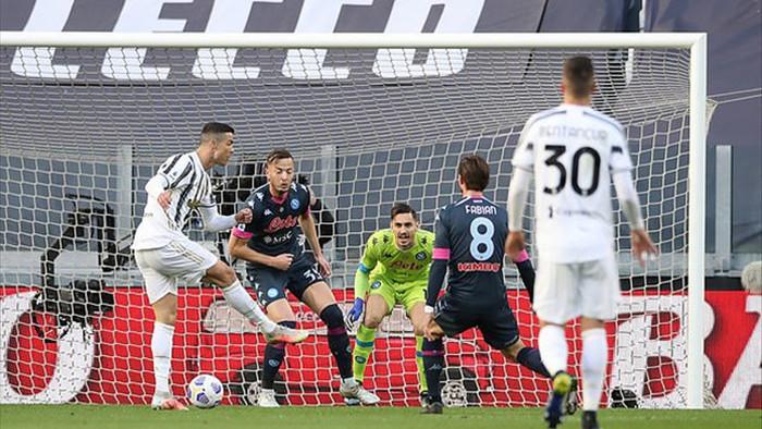 C.Ronaldo chói sáng, Juventus xuất sắc hạ gục Napoli - 1