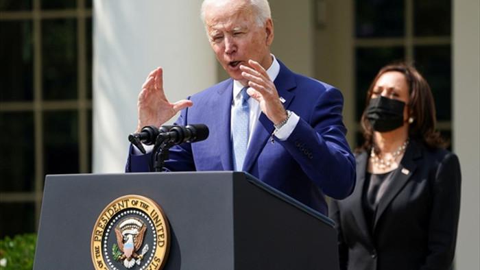 Chính quyền Biden quyết tâm kiểm soát súng đạn - 1