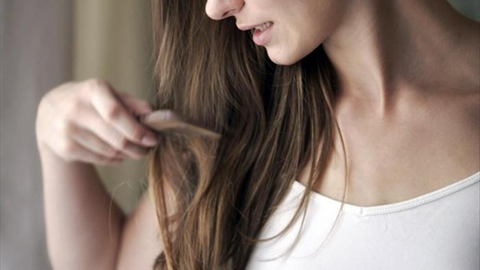 Tại sao stress có thể làm cho tóc của bạn bị rụng? - 1