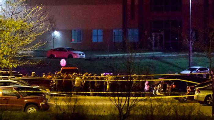 Xả súng tại cơ sở FedEx ở Mỹ, ít nhất 8 người chết - 1