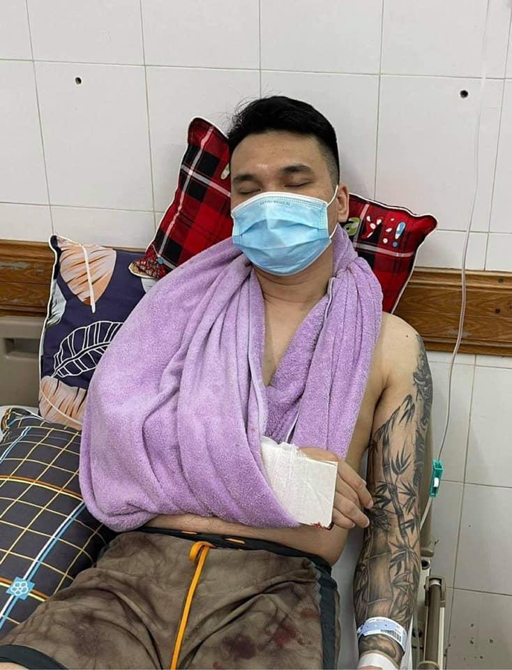 Tình hình sức khỏe Khắc Việt sau ca phẫu thuật-1