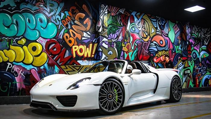 Siêu xe đắt nhất của Porsche về Việt Nam, giá khoảng 60 tỷ đồng - 1