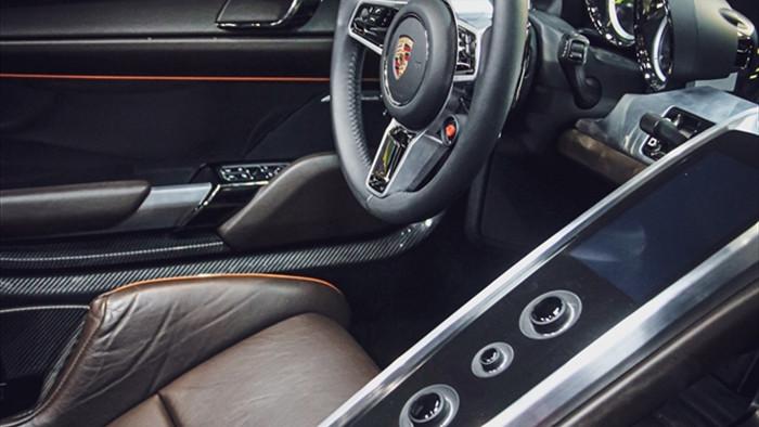 Siêu xe đắt nhất của Porsche về Việt Nam, giá khoảng 60 tỷ đồng - 7