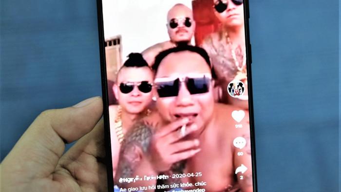Giang ho TikTok khac YouTube nhu the nao? anh 3