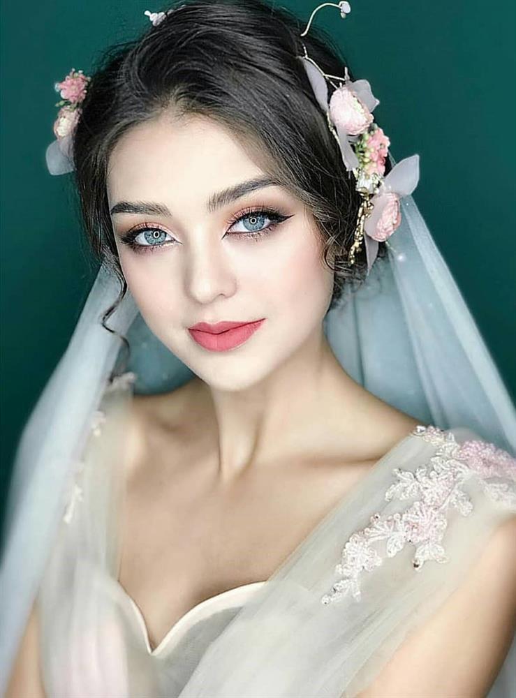 Bạn gái Tiến Dũng - gà Khắc Tiệp lúc hóa thiên thần khi già chát vì make-up-11