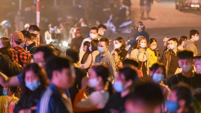 Sa Pa đông nghẹt khách du lịch lúc nửa đêm, nhiều tuyến đường ùn tắc - 9