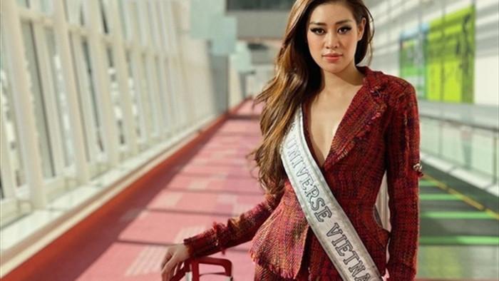 Hoa hậu Khánh Vân và 'chiến thuật váy áo' thông minh khi sang Mỹ - 7