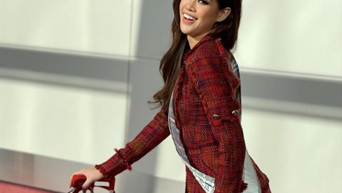 Hoa hậu Khánh Vân và 'chiến thuật váy áo' thông minh khi sang Mỹ - 5