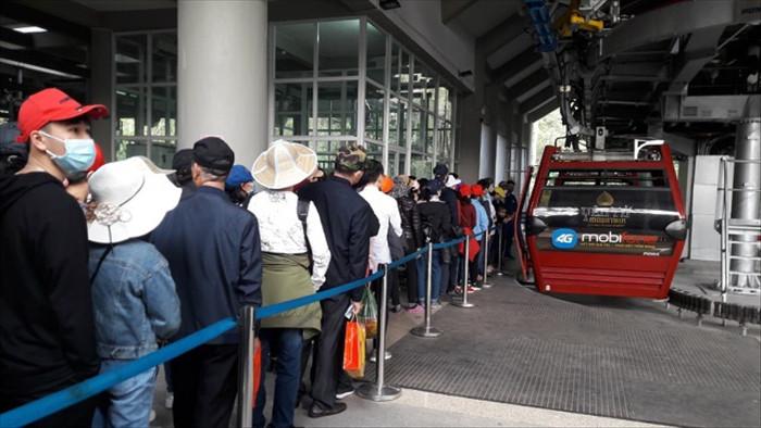 Quảng Ninh đóng cửa Vịnh Hạ Long, chùa Yên Tử từ 12h trưa nay - 2