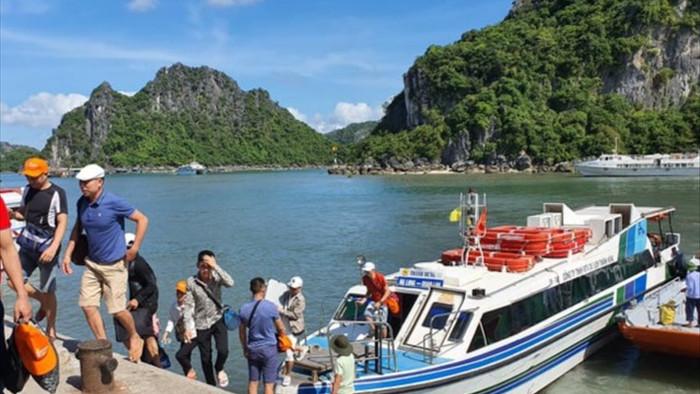 Quảng Ninh đóng cửa Vịnh Hạ Long, chùa Yên Tử từ 12h trưa nay - 1